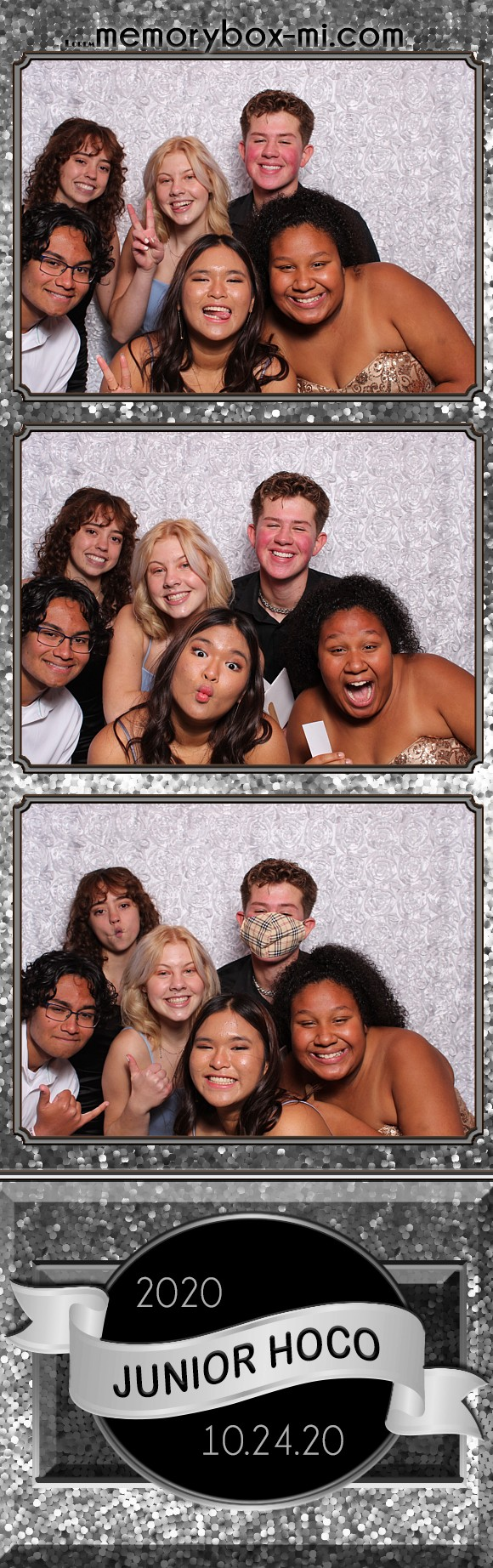 HHS Junior HOCO | View more photos from the event at gallery.detroitphotobooth.com/u/photobooth/HHS-Junior-HOCO